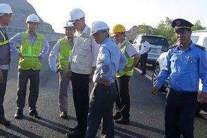 Chùm ảnh: Cao tốc Đà Nẵng - Quảng Ngãi sau 'đại phẫu' vá ổ gà
