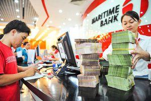 Thanh khoản eo hẹp, đẩy lãi suất tăng