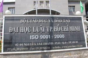 Đại học Luật TP HCM cảnh báo học vụ 79 sinh viên, 90 người khác cũng nằm trong diện có thể thôi học