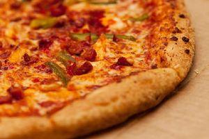 Kỳ lạ người đàn ông 44 tuổi ăn Pizza mỗi tối suốt 37 năm cuộc đời
