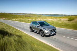 Hyundai Tucson 2019 'ngập tràn công nghệ', giá từ 563 triệu đồng