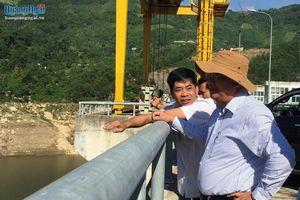 Kiểm tra công tác phòng chống lụt bão tại huyện Sơn Tây và Sơn Hà