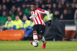 MU, Liverpool cùng 'trinh sát' sao mai đa năng của PSV