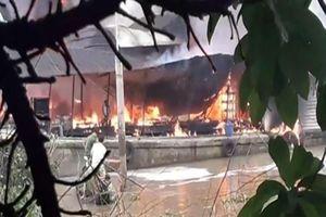 Cháy tàu dầu trên sông Tiền, một người tử vong