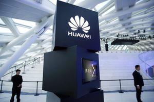 Nhân viên cũ tố cáo Huawei đánh cắp công nghệ để TQ vượt Mỹ