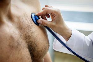 Nam giới có bị ung thư vú hay không?