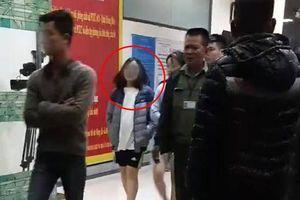 Thông tin mới nhất vụ bé sơ sinh bị ném xuống sân chung cư ở Linh Đàm
