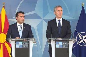 Dân phản đối, NATO vẫn thu nạp Macedonia: Nga cười thầm...
