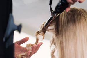 Thói quen xấu khiến tóc bạn ngày càng mỏng đi