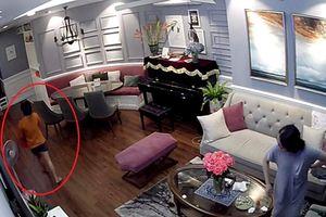 Thực nghiệm hiện trường vụ nữ giúp việc nghi trộm đồng hồ Rolex, lợn đất trong chung cư cao cấp