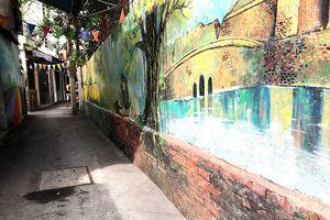 Đã dọn dẹp xà bần ở hẻm bích họa Đà Nẵng