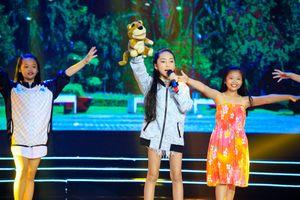 Sao Nối Ngôi Nhí 10 tuổi Khánh Vy xinh đẹp 'hút hồn' Thanh Bạch, Hồng Vân