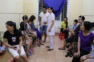 Vụ hàng trăm học sinh ngộ độc ở Ninh Bình: Trường học bị phạt 30 triệu đồng