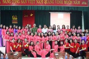 Nữ công VKSND tỉnh Quảng Trị và nữ công Trại giam Nghĩa An tổ chức giao lưu, tọa đàm