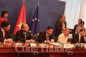 Việt Nam và EU ký thỏa thuận chống khai thác gỗ bất hợp pháp và thúc đẩy thương mại gỗ
