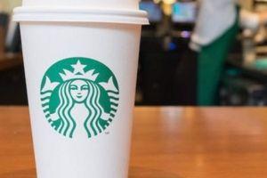 Starbucks chi 10 triệu USD để loại bỏ hoàn toàn ống hút nhựa
