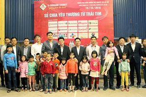 K-foorand Việt Nam chia sẻ yêu thương từ trái tim