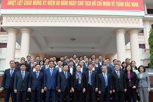 Chủ tịch Quốc hội Nguyễn Thị Kim Ngân làm việc với lãnh đạo tỉnh Bắc Ninh