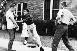 Loạt ảnh sốc về nạn phân biệt chủng tộc ở Mỹ thế kỷ 20