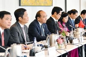 Thủ tướng Nguyễn Xuân Phúc đối thoại với các doanh nghiệp hàng đầu Đan Mạch