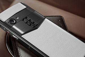 Vertu trở lại với điện thoại siêu sang Aster P giá siêu đắt
