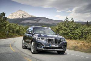 BMW X7 và X5: Chọn xe nào?