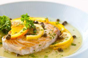 Cách làm cá hồi sốt cam siêu ngon cho bữa cơm cuối tuần