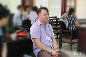 Nguyên thiếu tá công an bị truy tố tội lừa đảo được giảm án 1 năm tù 