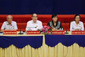 Bí thư Thành ủy Nguyễn Thiện Nhân tiếp xúc cử tri Thủ Thiêm