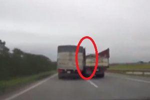 Hoảng hồn 2 xe tải chèn ép nhau trên đường cao tốc