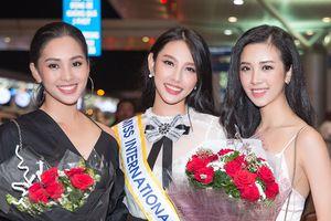 Không thể dự thi, á hậu Thúy An vẫn ra tiễn Thùy Tiên lên đường tham gia Hoa hậu Quốc tế 2018