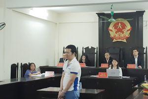 13 năm tù cho bị cáo chém mẹ, em gái vì mâu thuẫn