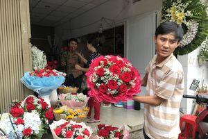 Hoa tăng giá chóng mặt nhân Ngày Phụ nữ Việt Nam 20/10