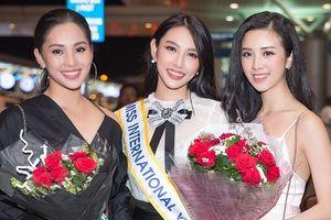 Hoa hậu Tiểu Vy, Á hậu Thúy An tiễn Thùy Tiên lên đường dự thi 'Hoa hậu Quốc tế 2018'