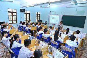 Có phải giáo dục Việt Nam dạy học sinh chỉ để thi, không giúp gì cho cuộc sống?