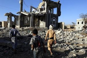 Liên quân Arab bắn hạ 2 tên lửa đạn đạo của phiến quân Houthi