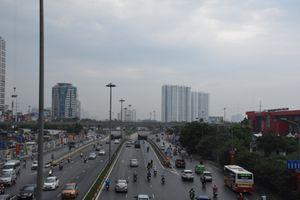 Hà Nội: AQI tại các điểm quan trắc giao thông hướng ra ngoại thành được cải thiện