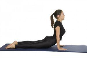 2 bài tập yoga giúp vòng 2 thon gọn, vòng 3 tuyệt đẹp