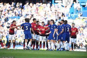 Man Unired đánh rơi 2 điểm trên sân Chelsea phút cuối