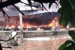 Bến Tre: Cháy tàu chở dầu trên sông Tiền, một người tử vong