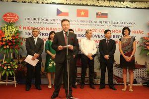 Phát triển hơn nữa mối quan hệ hữu nghị Việt Nam với Séc và Slovakia