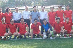 Đội bóng Ban Tuyên giáo Trung ương giành giải Nhì môn bóng đá