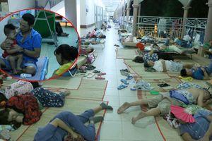 Dịch chân tay miệng bùng phát ở TP.HCM, bệnh nhi vạ vật kín lối hành lang bệnh viện