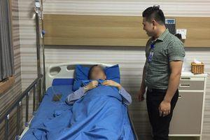 Cứu sống một bệnh nhân người nước ngoài vỡ ruột thừa nguy kịch