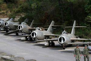 Cận cảnh nghĩa địa máy bay MiG sắp trở thành căn cứ quân sự NATO