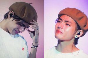 Thành viên BTS bật khóc vì kiệt sức trong lúc biểu diễn ở Paris