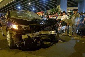Nữ tài xế lái BMW đâm 5 xe máy ở Sài Gòn, 1 người chết