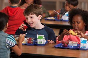 'Bàn ăn chia sẻ' ở các trường tiểu học Mỹ