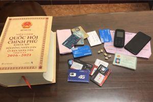 Hơn 100 cán bộ bị nhắn tin khủng bố tống tiền