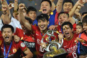 Bóng đá Trung Quốc cân nhắc dùng cầu thủ nhập tịch để tìm thành công